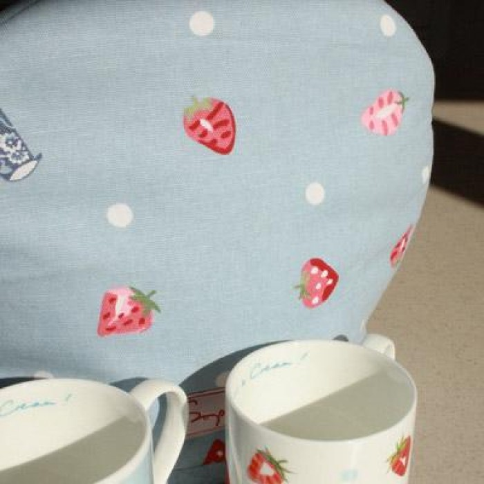 Strawberries & Cream Tea Cosy