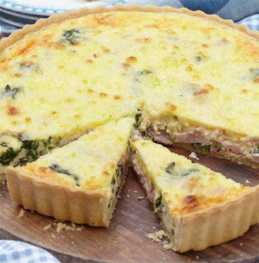 Spinach, Gruyère and ham quiche recipe